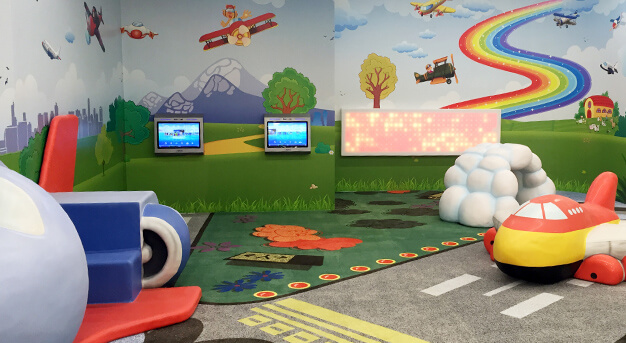 Children's play area at T1 International (after security screening)